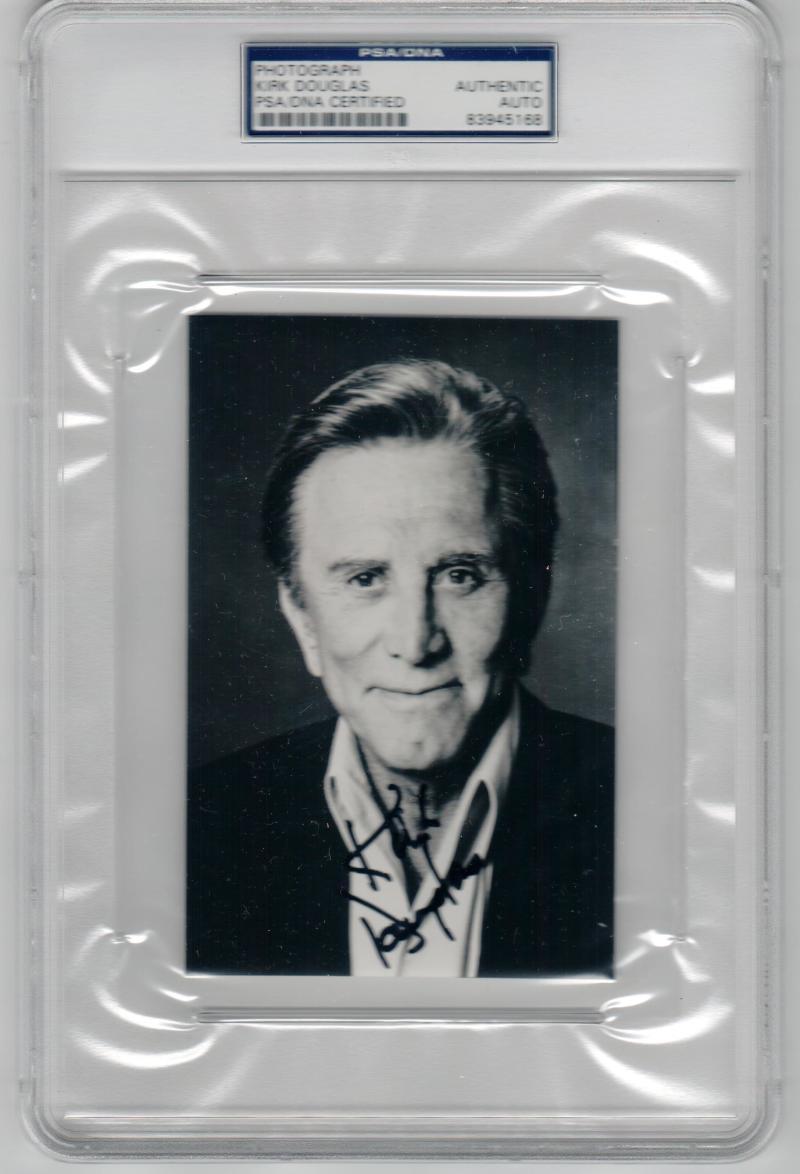 Kirk Douglas signed 4x6 photo PSA/DNA Slabbed autograph
