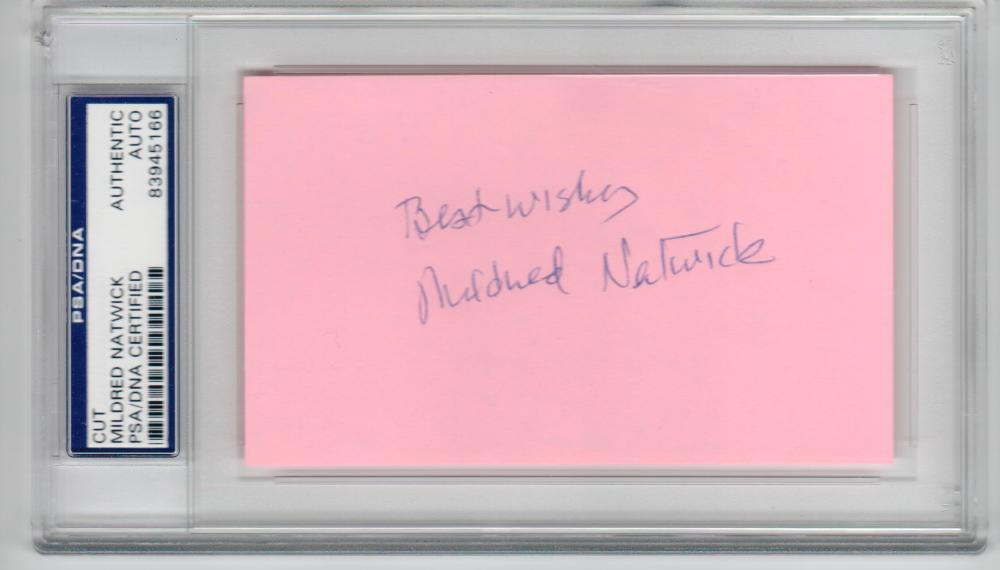 Mildred Natwick Actress Snoop Sisters signed 3x5 Index Card PSA/DNA Slabbed