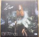 Tori Amos signed LP Album Native Invader BAS Beckett Authentic auto