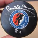 Bobby Orr signed HHOF Hall of Fame Hockey Puck Beckett BAS HOF auto Bruins